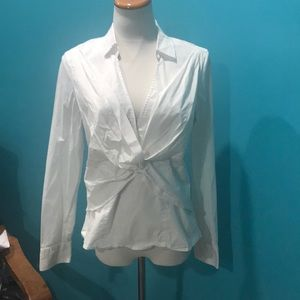 White twisted knot top size 12